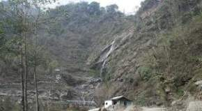 changey-waterfall, pelling