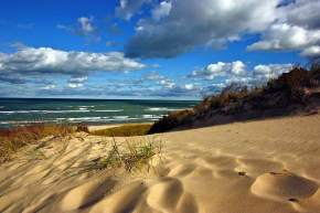 attractions-Indiana-Sand-Dunes-State-Park-USA