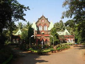 attractions-Town-Hall-Kolhapur