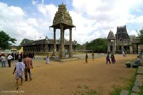 attractions-Varadaraja-Perumal-Temple-Kanchipuram
