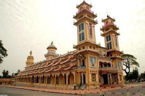 cao-dai-temple, vietnam