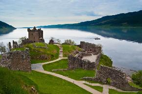 urquhart-castle-and-loch-ness, scotland