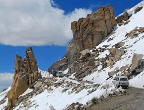 khardung-la-pass, nubra-valley