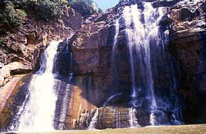 places to visit near Ranchi