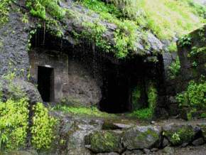 caves-in-lonavala