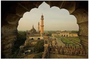 mosque-in-lucknow
