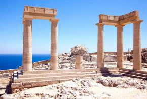 monuments-in-greece
