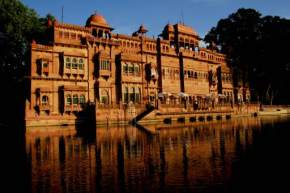places to visit near Bikaner