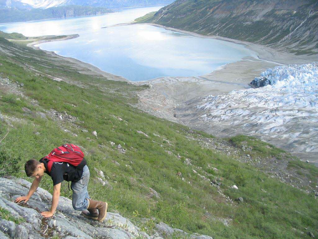 travel-activities-Mountaineering