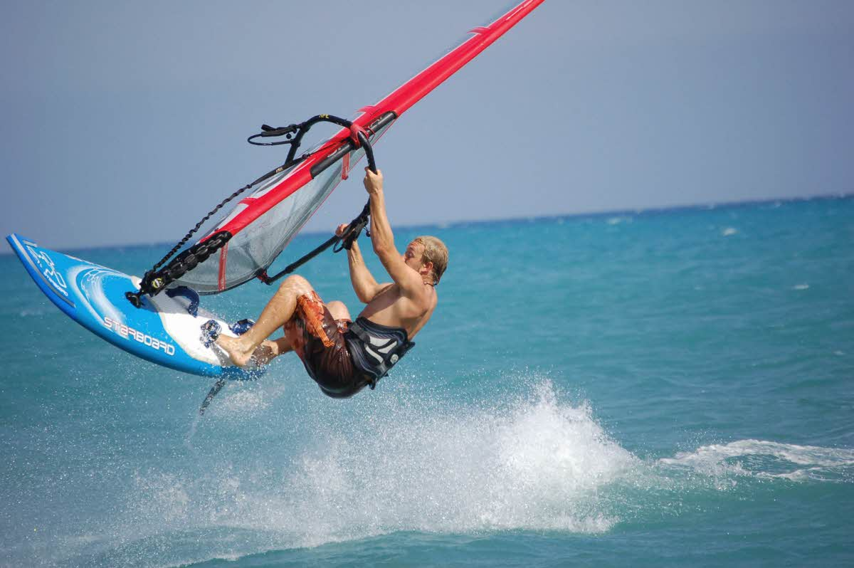 travel-activities-Wind-Surfing