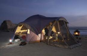 travel-themes-camping